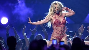 Britney Spears, Billboard Music Awards 2016
