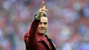 Robbie Williams Mittelfinger